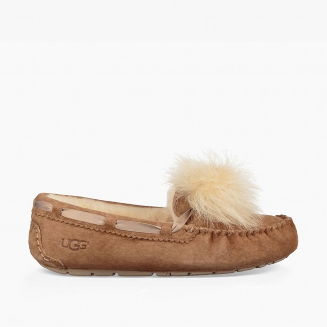 44aab05ba89 DAKOTA POM POM Ladies Moccasin Slippers Chestnut
