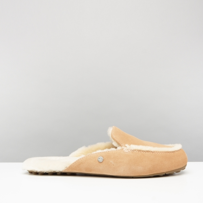 837f7487e9d UGG LANE Ladies Loafer Slippers Suntan