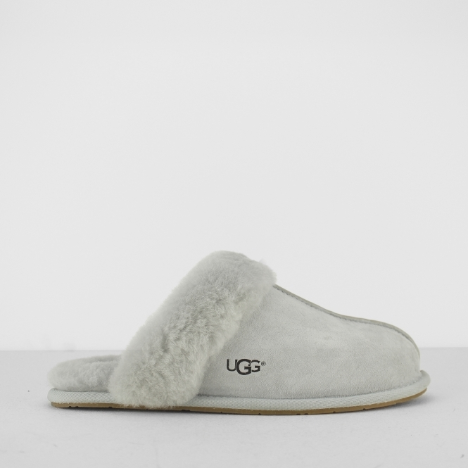 e75905bf330 UGG SCUFFETTE II Ladies Mule Slippers Grey Violet