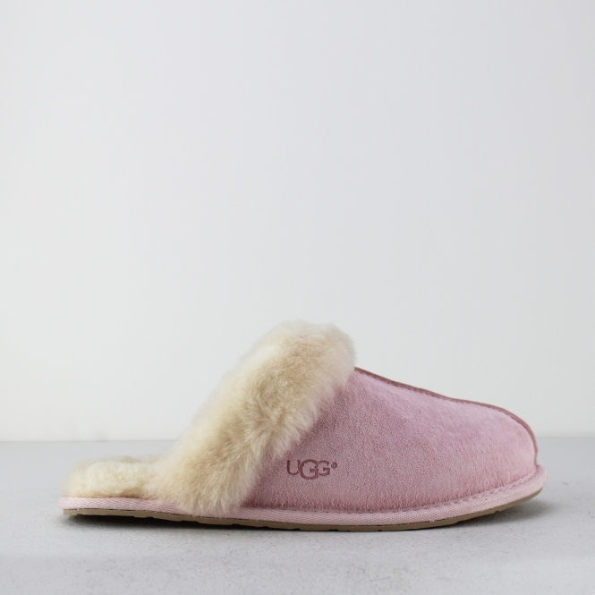 56972022c25 UGG SCUFFETTE II Ladies Mule Slippers Seashell Pink